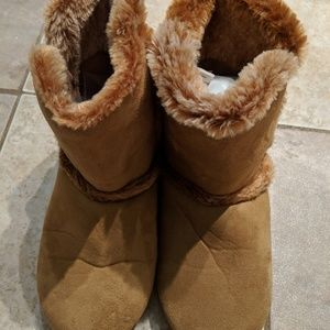 Other - Girls Faux Suede Boots